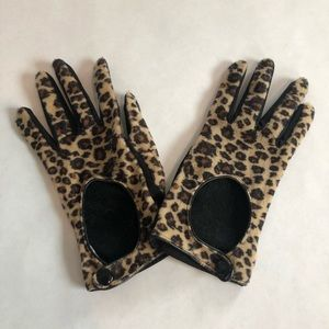 Accessories - 🐆 Leopard Print Gloves 🧤